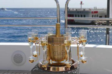 العرض الرسمي لصندوق الشمبانيا Tulip By Germain