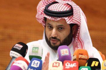 """""""آل الشيخ"""" يعلن عن فريقه المفضّل في نهائي أبطال أوروبا"""