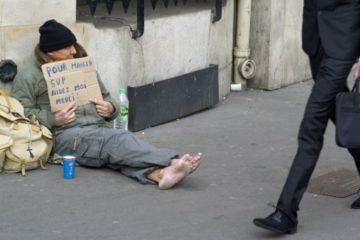قرابة ثمانية مليارات يورو.. لمحاربة ظاهرة الفقر في فرنسا