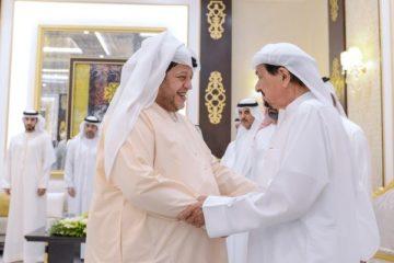 حاكم عجمان يواصل استقبال المهنئين بشهر رمضان الفضيل