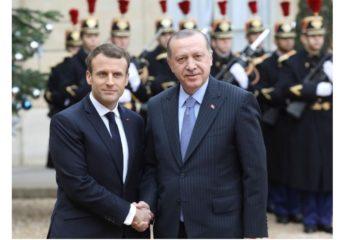"""فرنسا تستدعي السفير التركي بعد """"إهانات أردوغان"""
