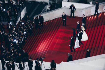 افتتاح الدورة 74 لمهرجان كان السينمائي / Opening of a 74th edition of the Cannes Film Festival