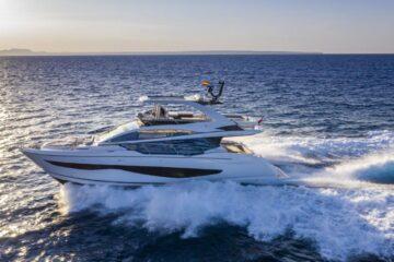 بيرل أسطول يعبر البركة لحضور معرض فورت لودرديل الدولي للقوارب 2021